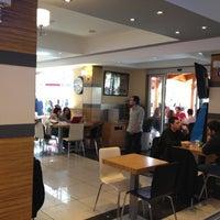 4/6/2012 tarihinde Okan A.ziyaretçi tarafından Altıgen Cafe'de çekilen fotoğraf