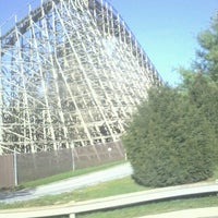 Photo taken at Hersheypark's Drop Off/ Pick Up Zone by Cindi C. on 8/29/2012