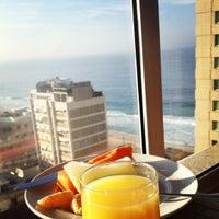 Das Foto wurde bei Everest Rio Hotel von Tony Carlo B. am 7/29/2012 aufgenommen