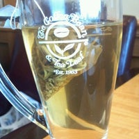 Photo taken at The Coffee Bean & Tea Leaf® by Phe M. on 2/15/2012