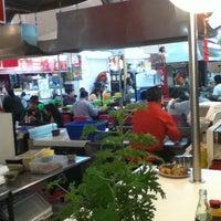 Foto tomada en Mercado San Pedro De Los Pinos por Joe V. el 3/1/2012