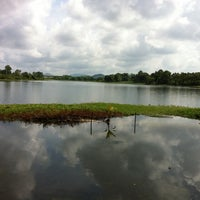 Photo taken at Ulu Yam Lake by Udj on 6/5/2011