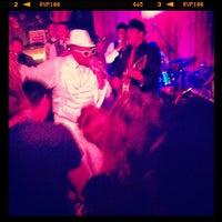 Photo prise au Bar Pink par Emily F. le8/18/2012