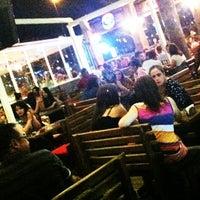 6/30/2012 tarihinde Muharrem D.ziyaretçi tarafından Hangover Cafe & Bar'de çekilen fotoğraf