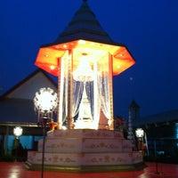 Photo taken at Wat Phichaiyatikaram by Ying C. on 3/27/2012