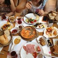 7/8/2012 tarihinde Mustafa D.ziyaretçi tarafından Acıktım Kafedeyiz'de çekilen fotoğraf
