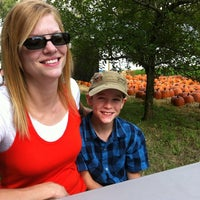Photo taken at Obstbaum Orchards & Cider Mill by Scott W. on 9/25/2011