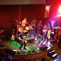 Photo taken at Jazz Café by Roger Esteban R. on 8/23/2012