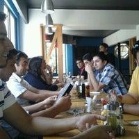 Photo taken at DoceTrece Schop & Sandwich by Nicolas O. on 2/3/2012