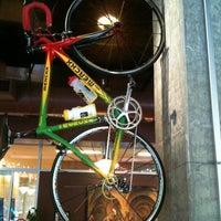 12/1/2011 tarihinde Keith M.ziyaretçi tarafından Espresso Vivace'de çekilen fotoğraf