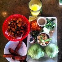 8/18/2012 tarihinde Will P.ziyaretçi tarafından The Hornet Restaurant'de çekilen fotoğraf