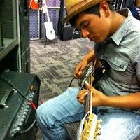 Photo taken at Guitar Center by Fernie M. on 6/8/2012