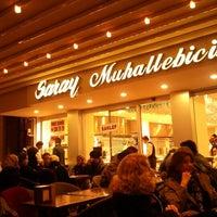 2/4/2012 tarihinde Şehrin L.ziyaretçi tarafından Saray Muhallebicisi'de çekilen fotoğraf