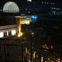 Photo taken at Nineteen @ Caravelle Hotel by Hanakashi D. on 1/31/2012