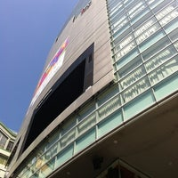 5/4/2012 tarihinde Yuri M.ziyaretçi tarafından Tower Records'de çekilen fotoğraf