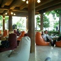 6/4/2012 tarihinde Thiago F.ziyaretçi tarafından One Way Cafe Restaurant'de çekilen fotoğraf
