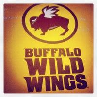 Foto diambil di Buffalo Wild Wings oleh Michael V. pada 8/12/2012