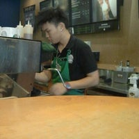 Photo taken at Starbucks by Abd Rahim D. on 3/13/2012