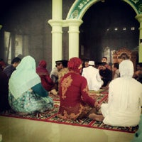 Photo taken at Masjid An-Nasrul Ruhi by andika9447 on 9/9/2012