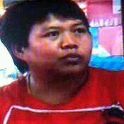 Photo taken at ร้านลาบยโส-สามเหลี่ยมดินแดง by Civilize  Satellite ( E22HPS ) on 10/20/2011