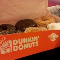 Foto scattata a Dunkin' Donuts da Simone V. il 1/1/2012