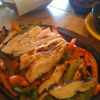 Foto scattata a On The Border Mexican Grill & Cantina da Jane S. il 7/13/2012