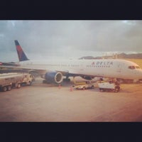 Photo taken at Delta Air Lines Ticket Counter by Clyndon Y. on 2/20/2012
