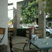 Foto tomada en Fran's Café por Rafael F. el 3/22/2012