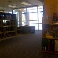 8/22/2011 tarihinde Samantha H.ziyaretçi tarafından Scottsdale Public Library - Palomino'de çekilen fotoğraf