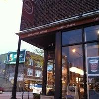 Photo prise au The Coffee Studio par Bill D. le4/20/2012