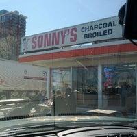 4/6/2012에 Shane S.님이 Sonny's Drive In에서 찍은 사진