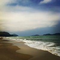 Photo taken at Praia de Juquehy by Juliana C. on 2/6/2012