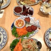 รูปภาพถ่ายที่ Palms Thai Restaurant โดย Amy🌙 B. เมื่อ 8/24/2012