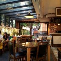 8/13/2012 tarihinde Bora B.ziyaretçi tarafından Kirpi Cafe & Restaurant'de çekilen fotoğraf
