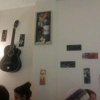 5/20/2012 tarihinde Emrah T.ziyaretçi tarafından Baal Cafe & Breakfast'de çekilen fotoğraf
