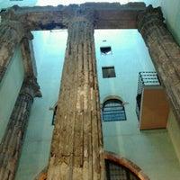 Foto tomada en Templo de Augusto por Marc G. el 5/19/2012