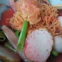 Photo taken at ร้านแม่เปิ้ล ก๋วยเตี๋ยวทะเล by Moojuu ร. on 3/11/2012