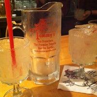 Foto tirada no(a) Tommy's Mexican Restaurant por Cienna em 3/31/2012