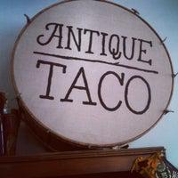 Foto scattata a Antique Taco da Dapper D. il 6/2/2012