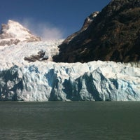 Foto tirada no(a) Administración Parque Nacional Los Glaciares por Adrian G. em 3/17/2012