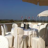 Foto scattata a Chervò Golf San Vigilio da Luca M. il 3/15/2012