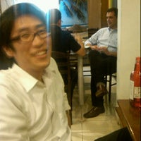 Photo taken at Porque Sim - Yakitori House by Katsu S. on 3/23/2012