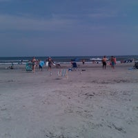 Foto tomada en Wildwood Crest Beach por Adrienne F. el 7/5/2012