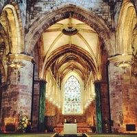 Foto tomada en St. Giles' Cathedral por Ploy P. el 5/30/2012