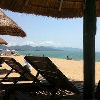 Снимок сделан в Bãi Biển Nha Trang (Nha Trang Beach) пользователем Лев Д. 6/9/2012