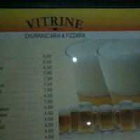 Photo taken at Vitrine Bar e Pizzaria by Karina N. on 7/21/2012