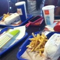Photo taken at Burger King by Duru  on 8/2/2012
