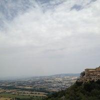 Photo taken at Todi by PinkBT♡ on 7/28/2012