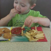 Photo taken at Wendy's by Shawn L. on 3/15/2012