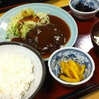 Photo taken at やきとり 鳥一支店 by kaz@33 on 3/6/2012